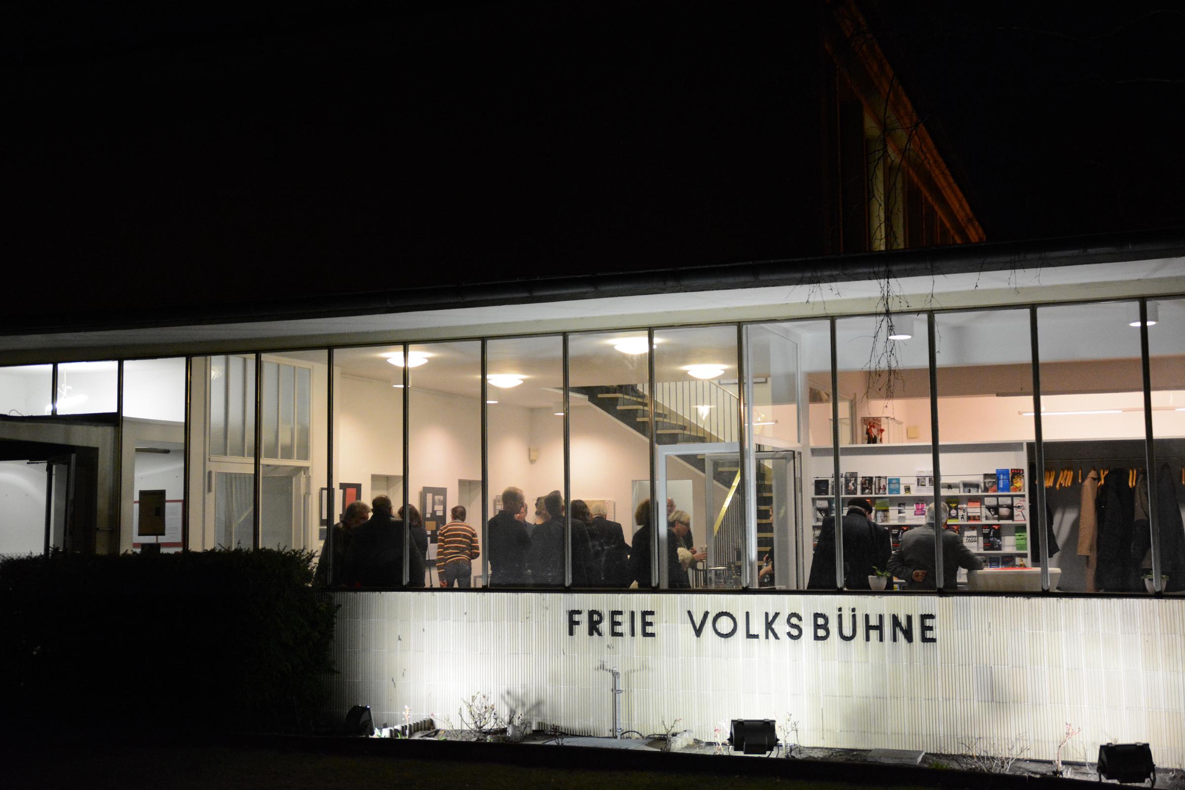 125 jahre freie volksb hne in berlin fotos aus berlin. Black Bedroom Furniture Sets. Home Design Ideas