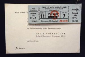 Karten der Freien Volksbühne. Foto: Ulrich Horb