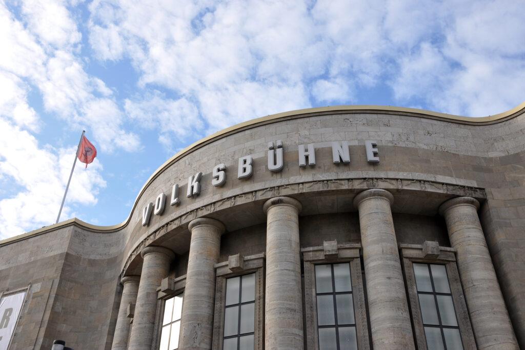 Volksbühne am Rosa-Luxemburg-Platz. Foto: Ulrich Horb