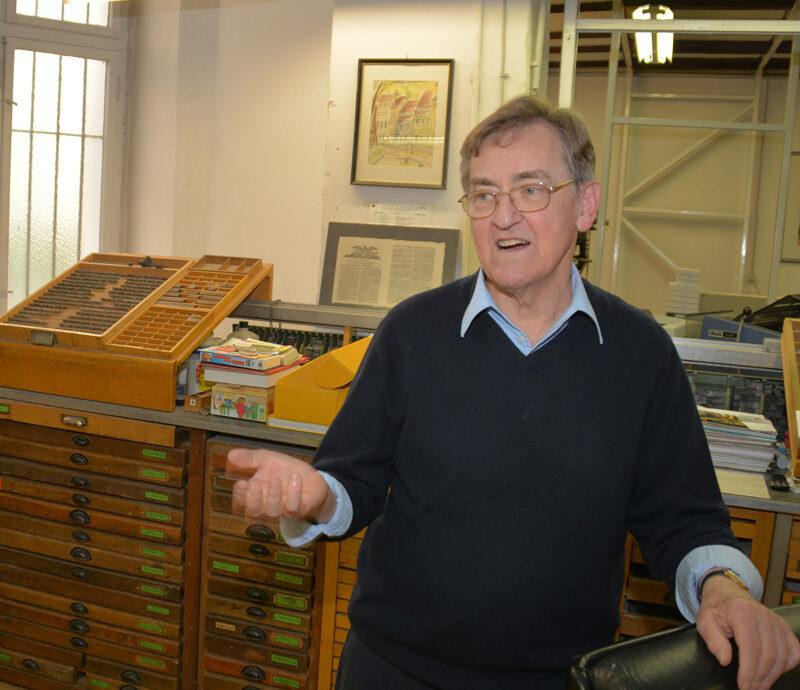Jürgen Müller in seiner Druckerei. Foto: Ulrich Horb