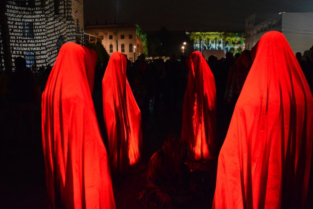 """""""Wächter der Zeit"""" beim Festival of Lights 2014. Foto: Ulrich Horb"""