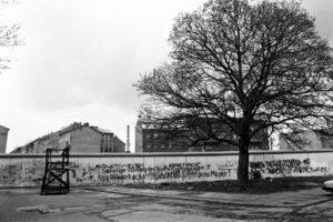Mauer Mariannenplatz. Foto: Ulrich Horb