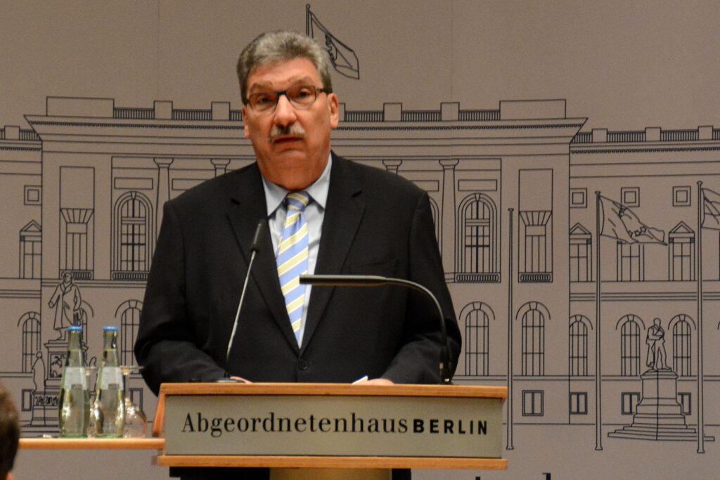 Abgeordnetenhauspräsident Ralf Wieland Abgeordnetenhaus von Berlin: Abgeordnetenhauspräsident Ralf Wieland (SPD) 2014. Foto: Ulrich Horb