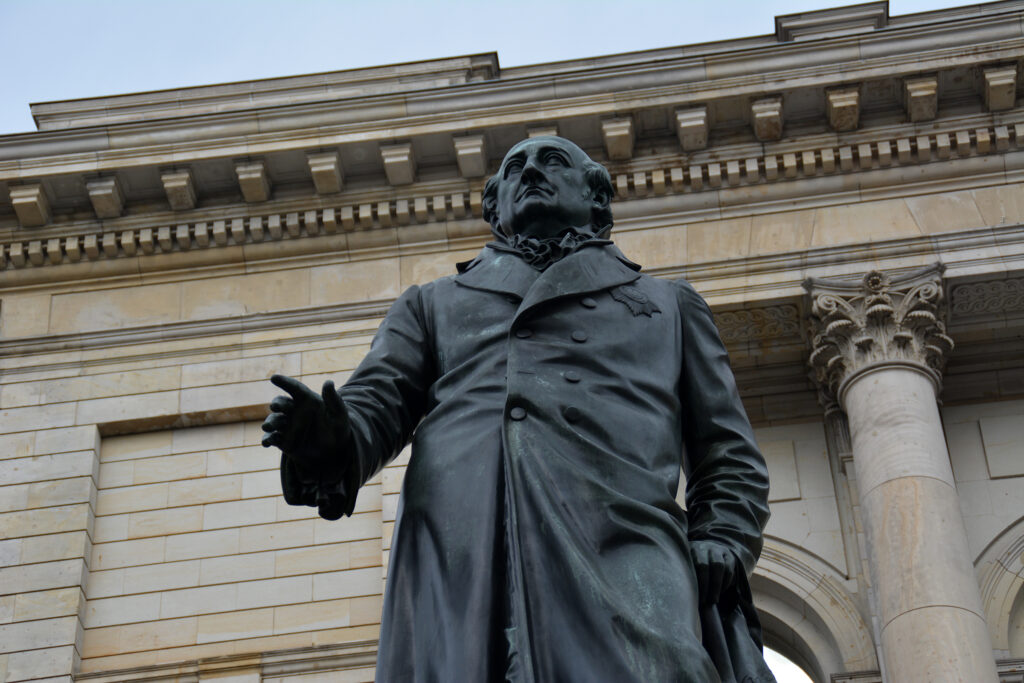 Denkmal Freiherr vom Stein - vor dem Abgeordnetenhaus von Berlin. Foto: Ulrich Horb Kommentare