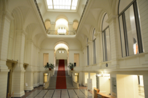Abgeordnetenhaus von Berlin: Blick in das Foyer. Foto: Ulrich Horb